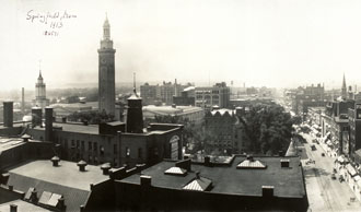file:/activities/oralhistory/cappics/pryor1945_pano, alt: panoramic photo of Springfield, MA in 1913
